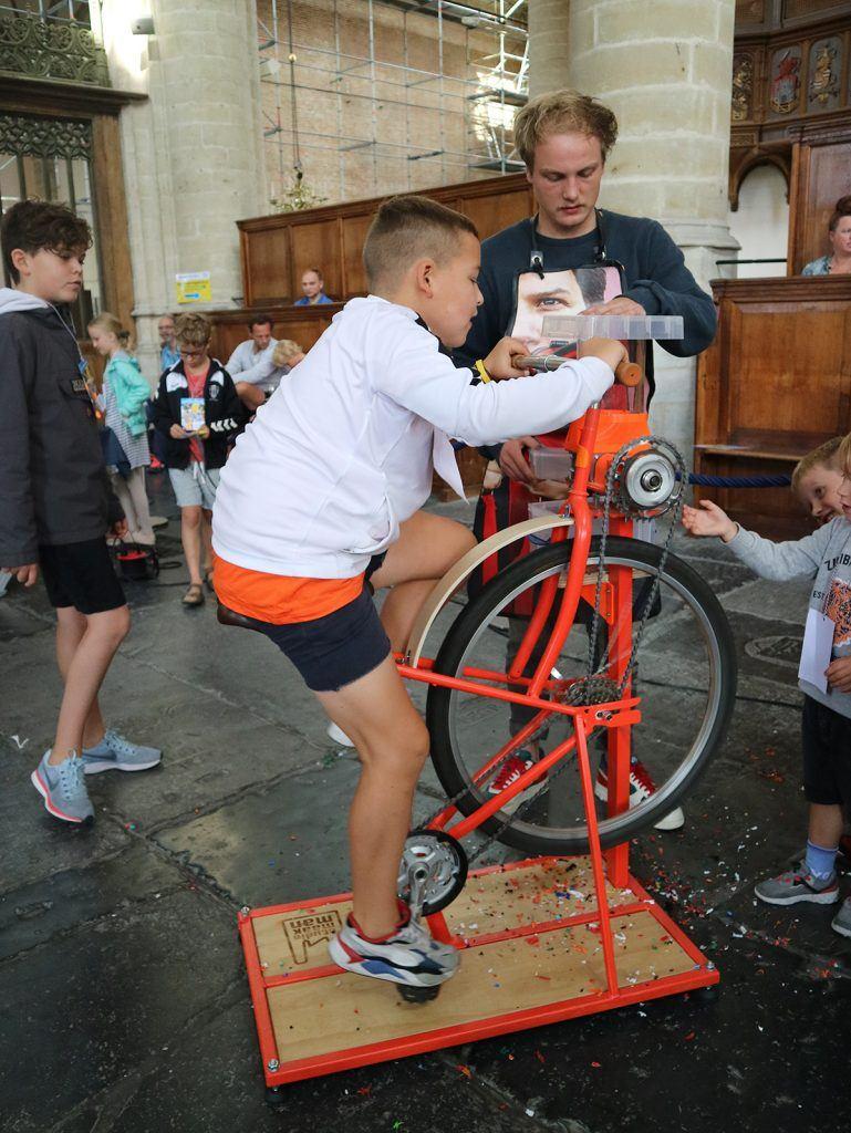 JEUGD afvalmarathon Grote Kerk